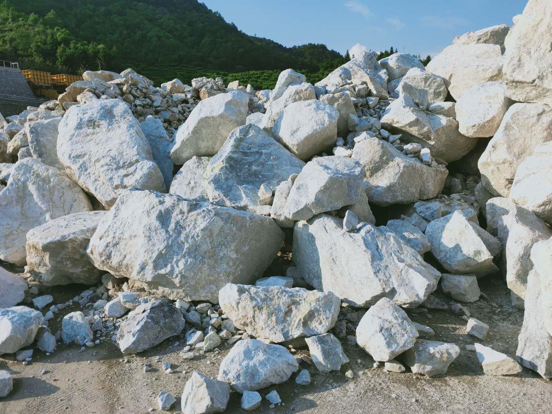 石灰石-磨料原料