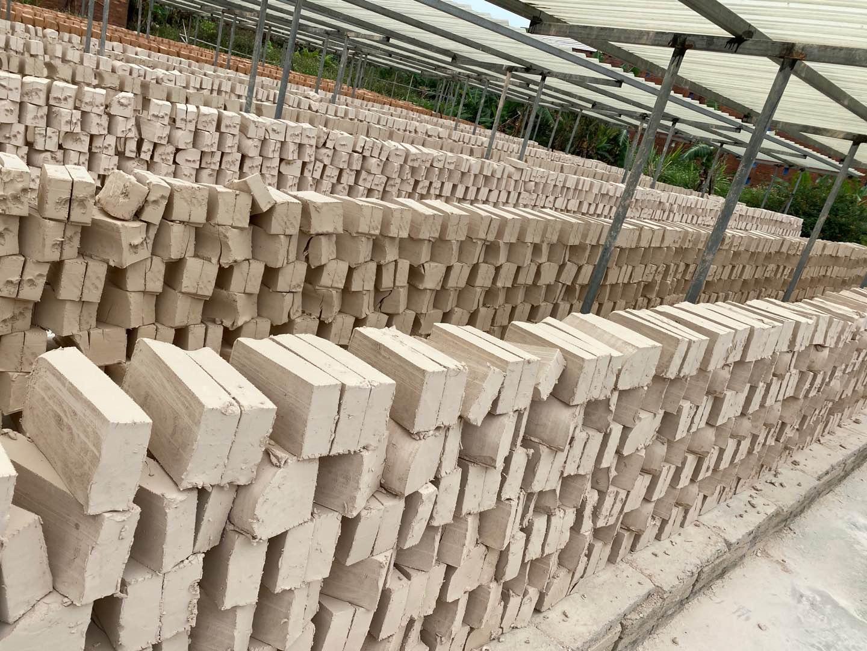高岭土-陶瓷原料,耐火材料,磨料原料