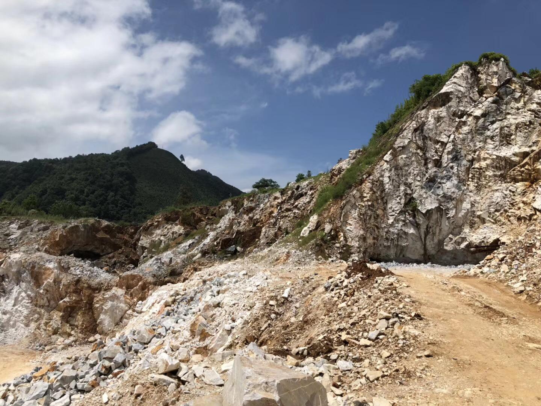 贺州市加快碳酸钙产业发展实施方案的通知